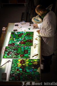 equipo pluridisciplinar de especialistas en vidrieras